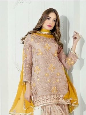 Mariyam's Luxury Embroidered Linen Collection Replica 2019
