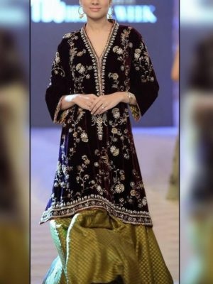 Maria b Luxury Embroidered Winter 2pc Velvet Collection Replica 2019