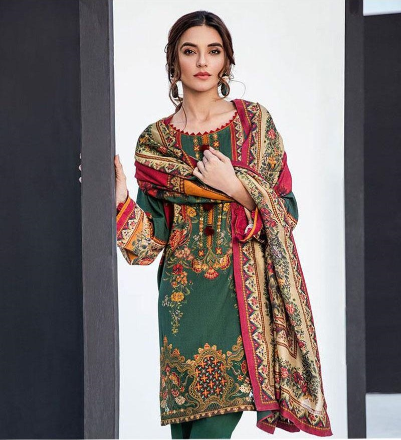 7f8443fbcd Baroque Latest Embroidered Lawn Collection Master Replica 2019
